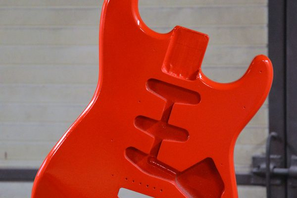 Fender-strat-refin-makeover-area-gibzone-fiesta-red-07