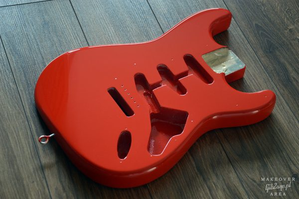 Fender-strat-refin-makeover-area-gibzone-fiesta-red-08
