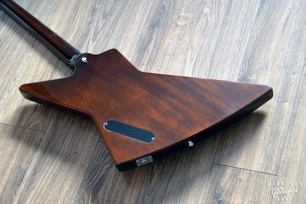 Gibson-Explorer-76-Vintage-Walnut-refinish-makeover-custom-gibzone-25