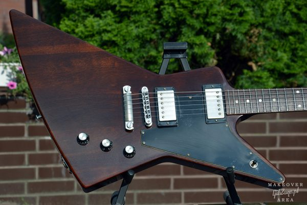 Gibson-Explorer-76-Vintage-Walnut-refinish-makeover-custom-gibzone-34