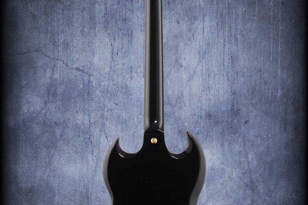 Gibson-SG-Standard-3-Pickup-Sideways-Tremolo-Ebony-back-gibzone
