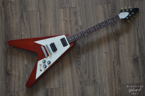 2010-gibson-flying-v-faded-refinish-makeover-area-antique-pelham-blue-gibzone-01